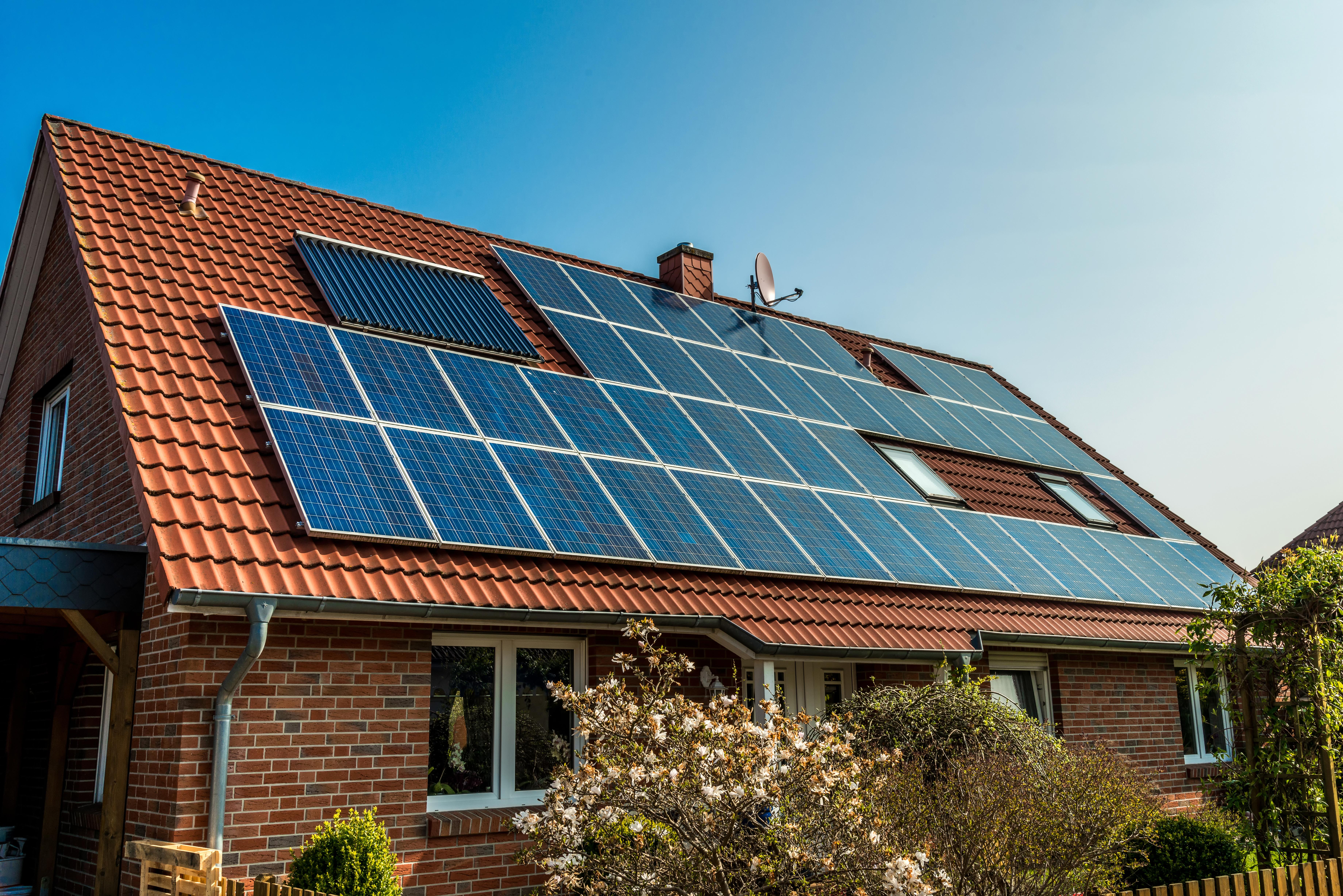 Edison lancia MY SUN: lunico fotovoltaico con batteria che azzera ...